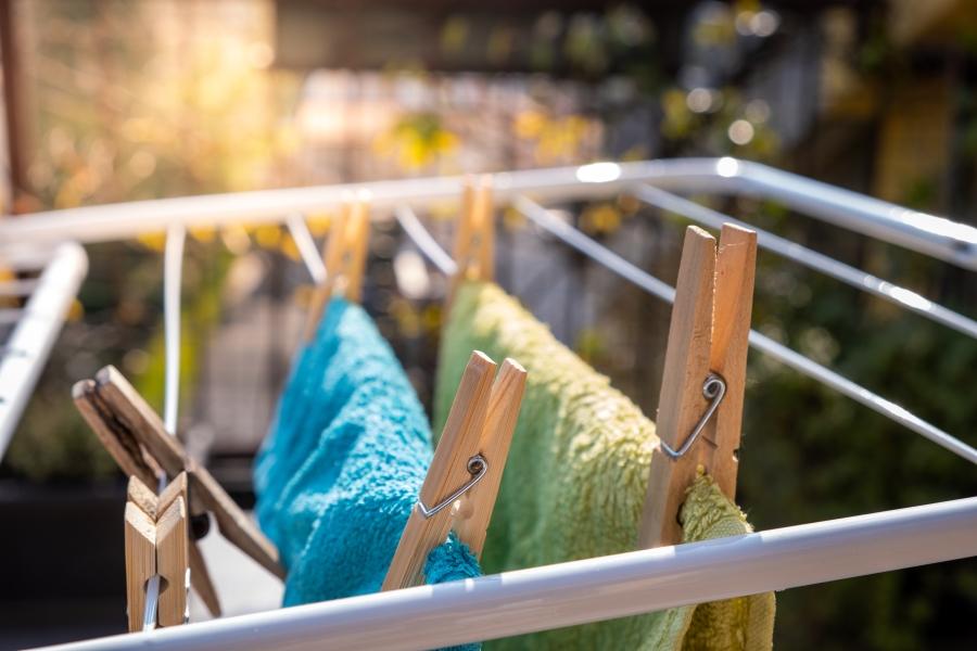 Wäsche trocknen. Ganz einfach draußen!